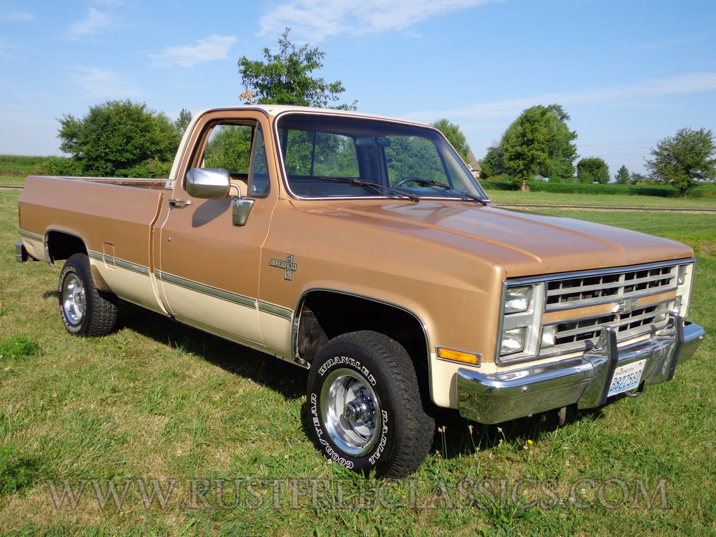 1986 86 Chevrolet Chevy K10 1 2 Ton 4x4 Four Wheel Drive Regular Cab Silverado Gold Tan